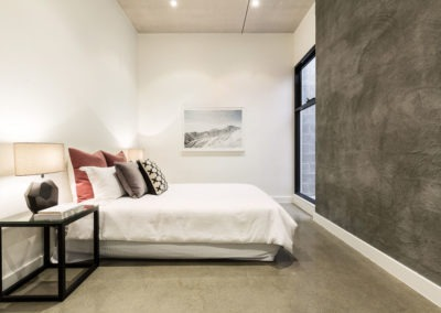 lithgow-st-abbotsford-2-girls-polished-concrete-brisbane
