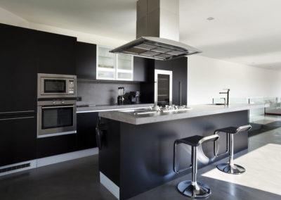 black-epoxy-flooring-ozgrind
