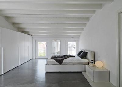 epoxy-coating-bedroom-ozgrind-flooring