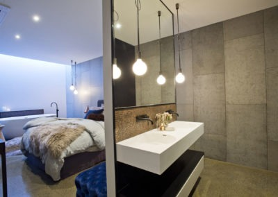 new-polished-concrete-brisbane-bedroom-ensuite