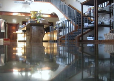 Nil-exposure-high-gloss-polished-concrete
